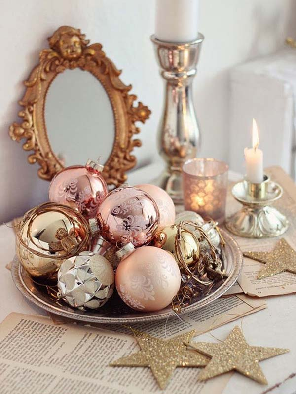 Rose Gold Ornaments In Tray #rosegold #Christmas #Christmasdecor #rosegolddecor #decorhomeideas