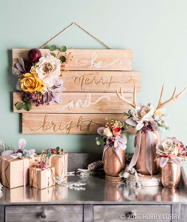 Rose Gold Sign Christmas Decoration #rosegold #Christmas #Christmasdecor #rosegolddecor #decorhomeideas