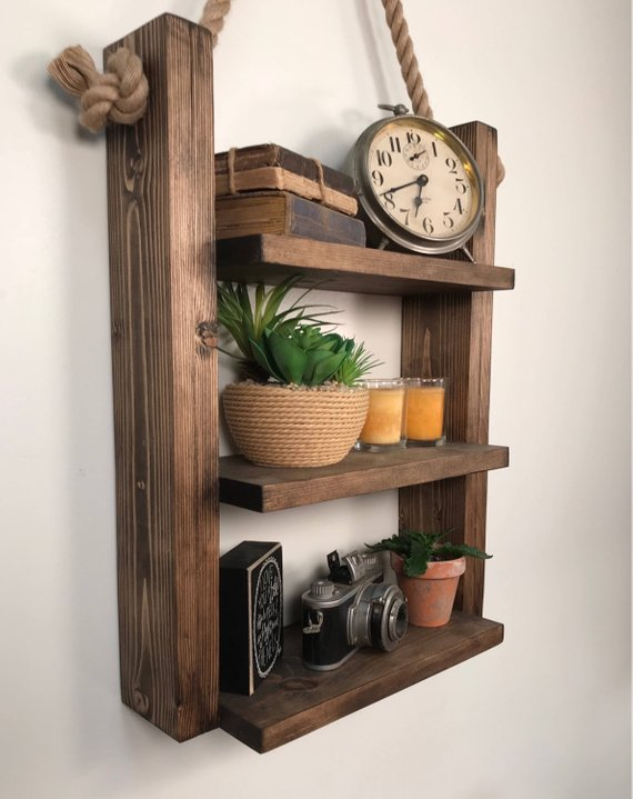 Rustic Ladder Shelf For Bedroom #rusticbedroom #rustic #bedroom #farmhouse #decorhomeideas
