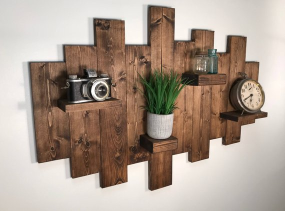 Rustic Wall Shelf #rusticbedroom #rustic #bedroom #farmhouse #decorhomeideas