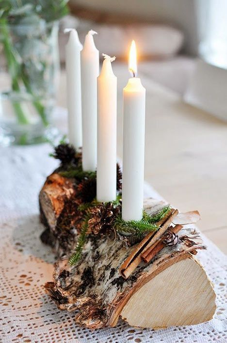 Tree Log Candle Holder #Christmas #Christmasdecor #candles #centerpiece #decorhomeideas