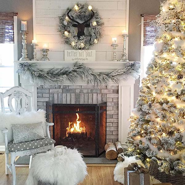 White Living Room Christmas Decor #Christmasdecor #Christmas #white #whitechristmas #decorhomeideas