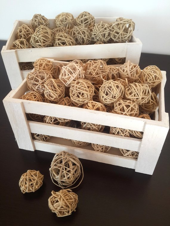 Wicker Balls Rustic Decor #rusticbedroom #rustic #bedroom #farmhouse #decorhomeideas