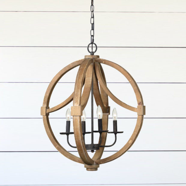 Wood and Metal Rustic Chandelier #rusticbedroom #rustic #bedroom #farmhouse #decorhomeideas