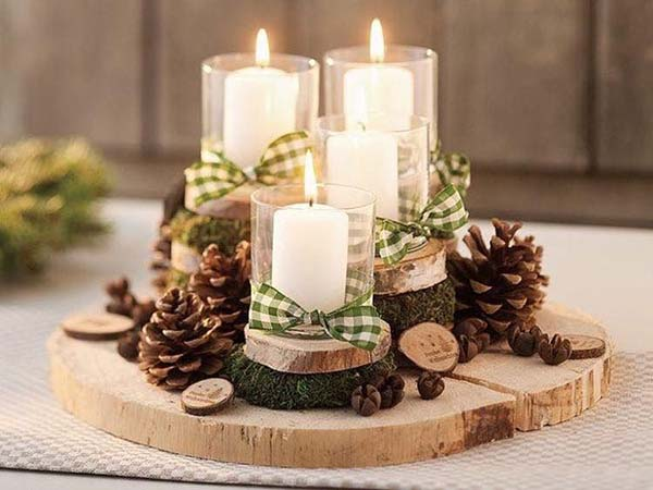 Candles Christmas Centerpiece #Christmas #centerpiece #Christmasdecor #decorhomeideas