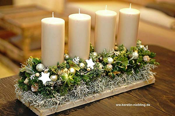 Christmas Candle Centerpiece #Christmas #Christmasdecor #candles #centerpiece #decorhomeideas