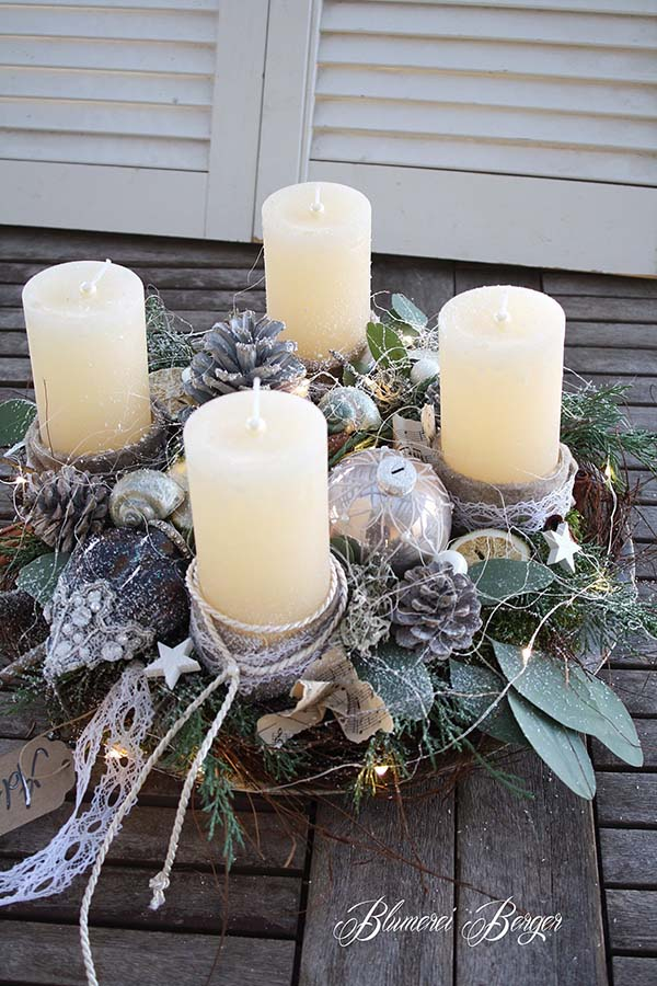 Christmas Candles Centerpiece #Christmas #Christmasdecor #candles #centerpiece #decorhomeideas
