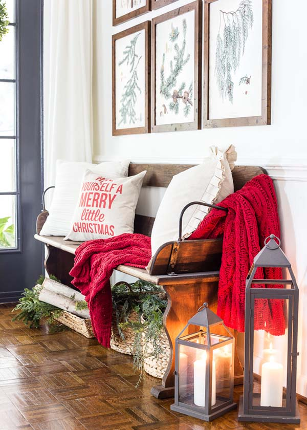 Christmas Entryway Decoration #Christmas #Christmasdecor #entryway #hallway #decorhomeideas
