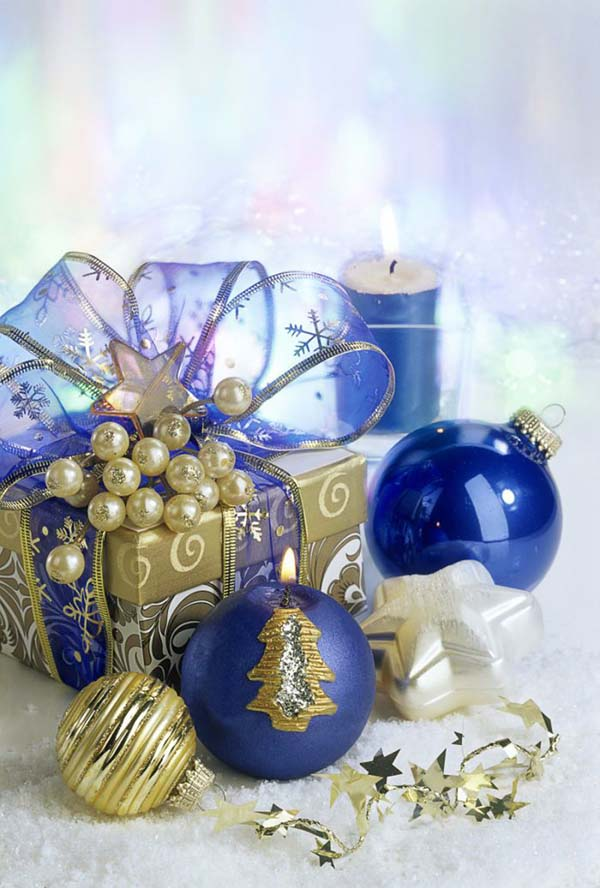 Christmas Gift Set In Gold And Navy Blue #Christmas #Christmasdecor #gold #navyblue #decorhomeideas