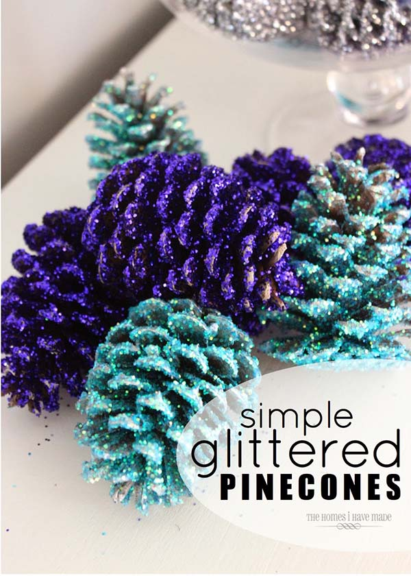 Glittered Pine Cones #Christmas #Christmasdecor #pinecones #crafts #decorhomeideas