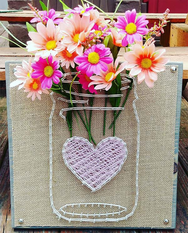 Mason Jar String Art With Pink Heart #stringart #masonjar #decorhomeideas