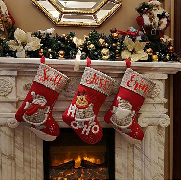 Personalized Red Christmas Socks #Christmasdecor #Christmas #red #reddecor #decorhomeideas