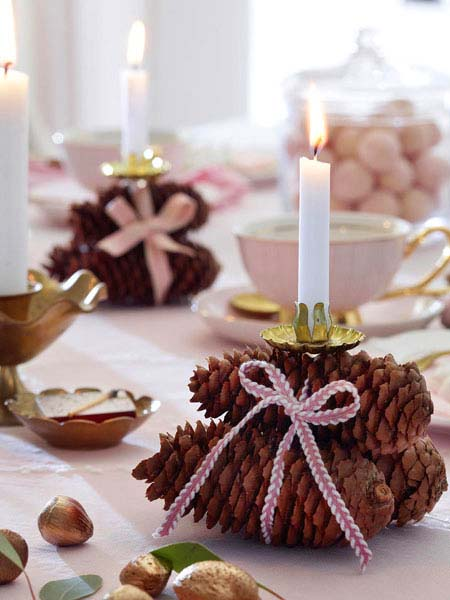 Pinecone Christmas Candle Holder Centerpiece #Christmas #Christmasdecor #candles #centerpiece #decorhomeideas