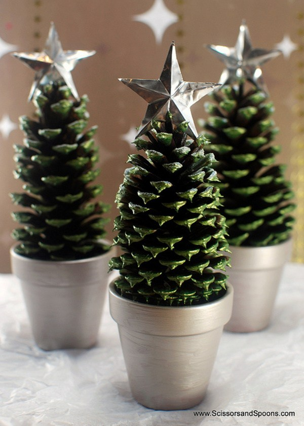 Pinecone Christmas Tree Crafts #Christmas #Christmasdecor #pinecones #crafts #decorhomeideas
