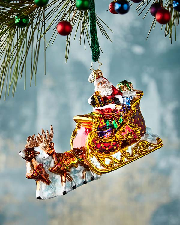 Santa Claus Sleigh Christmas Ornament #Christmas #ornaments #Christmasdecor #decorhomeideas