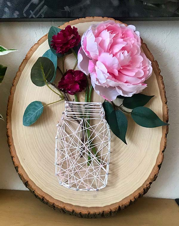 Tree Log Mason Jar String Art #stringart #masonjar #decorhomeideas