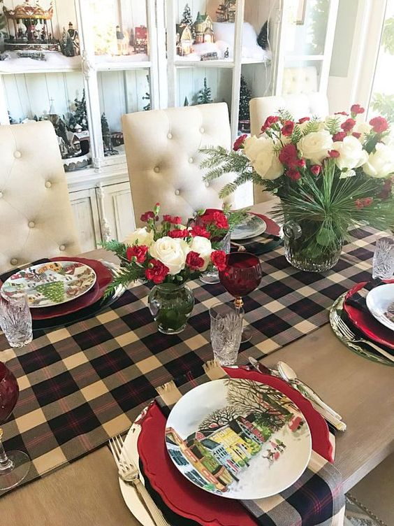 Christmas Plaid Decor