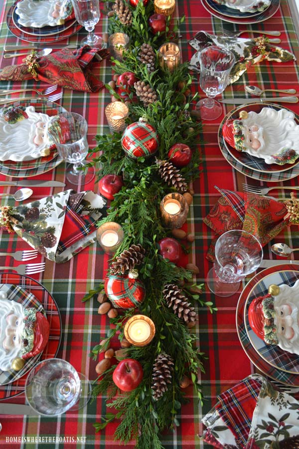 Christmas Table Decoration In Red
