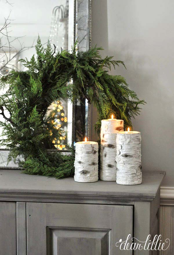 Rustic Winter Decor Wreath and Candles #winterdecor #homdecor #winter #decorhomeideas