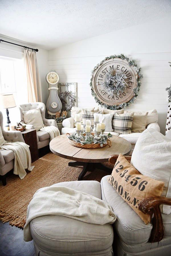Rustic Winter Living Room Decor #rustic #winterdecor #homedecor #decorhomeideas