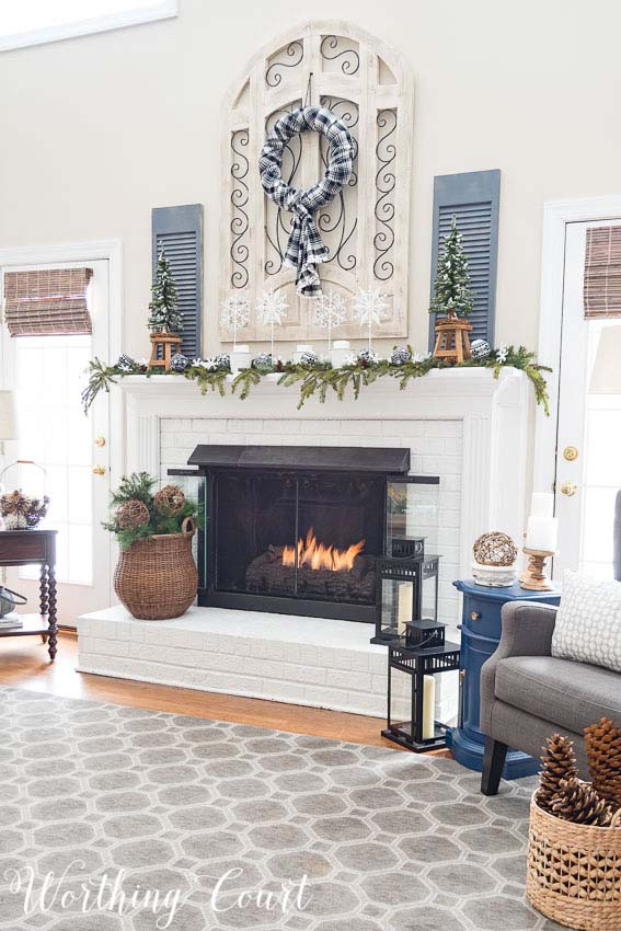 Winter Decor Fireplace #rustic #winterdecor #homedecor #decorhomeideas