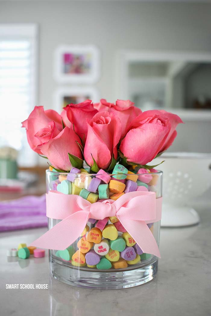 Candy Vase Flowers #valentinescraft #decor #love #crafts #diy #decorhomeideas