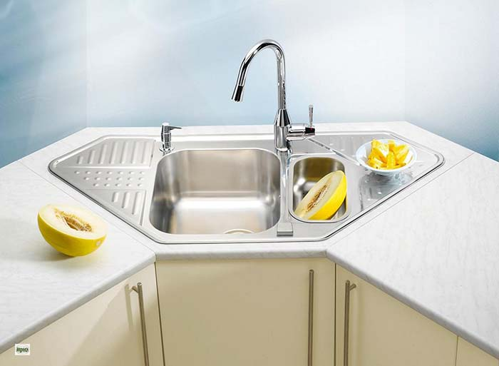 Corner Sink Kitchen Layout #cornersink #kitchen #sink #decorhomeideas