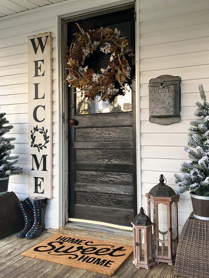 Farmhouse Front Door Decor #farmhouse #rustic #porch #decor #decorhomeideas