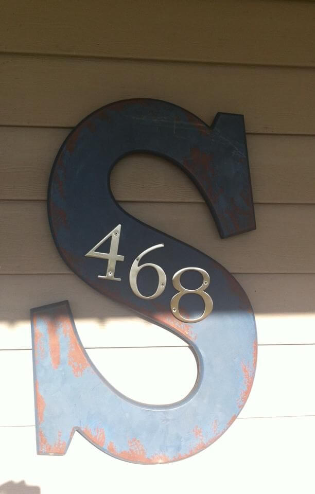 Farmhouse House Number Decor #farmhouse #rustic #porch #decor #decorhomeideas