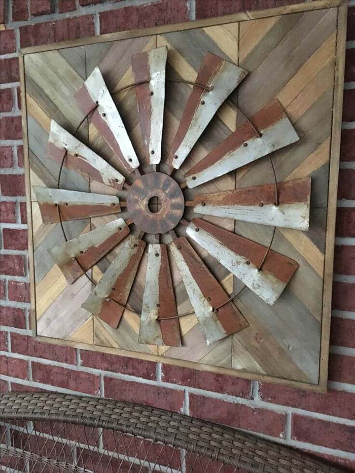 Mill Porch Display #farmhouse #rustic #porch #decor #decorhomeideas