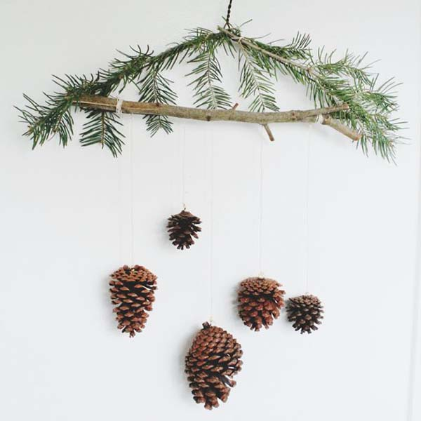 Pinecones Winter Decor #winterdecor #homdecor #winter #decorhomeideas