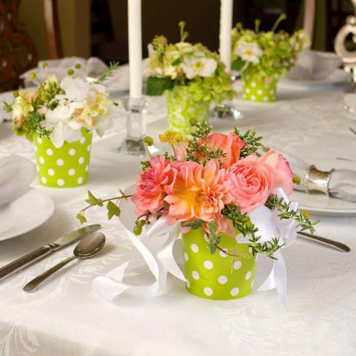 Polka Dots Mini Baskets Spring Centerpiece