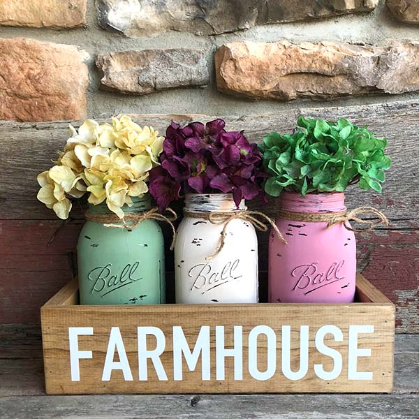 Rustic Wooden Box With Mason Jars #rustic #centerpieces #woodenbox #homedecor #decorhomeideas