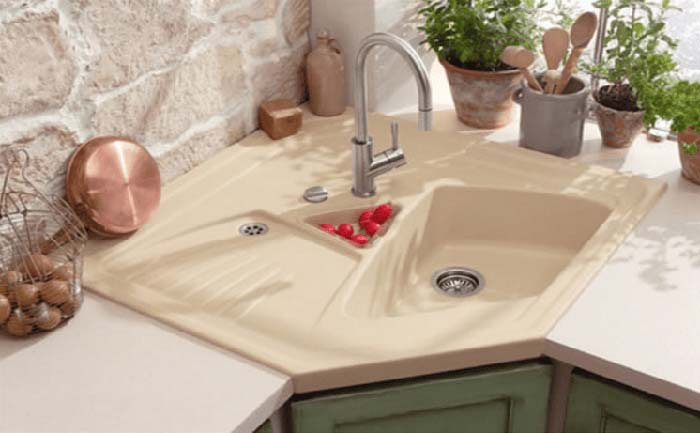 Simple Corner Kitchen Sink Design #cornersink #kitchen #sink #decorhomeideas