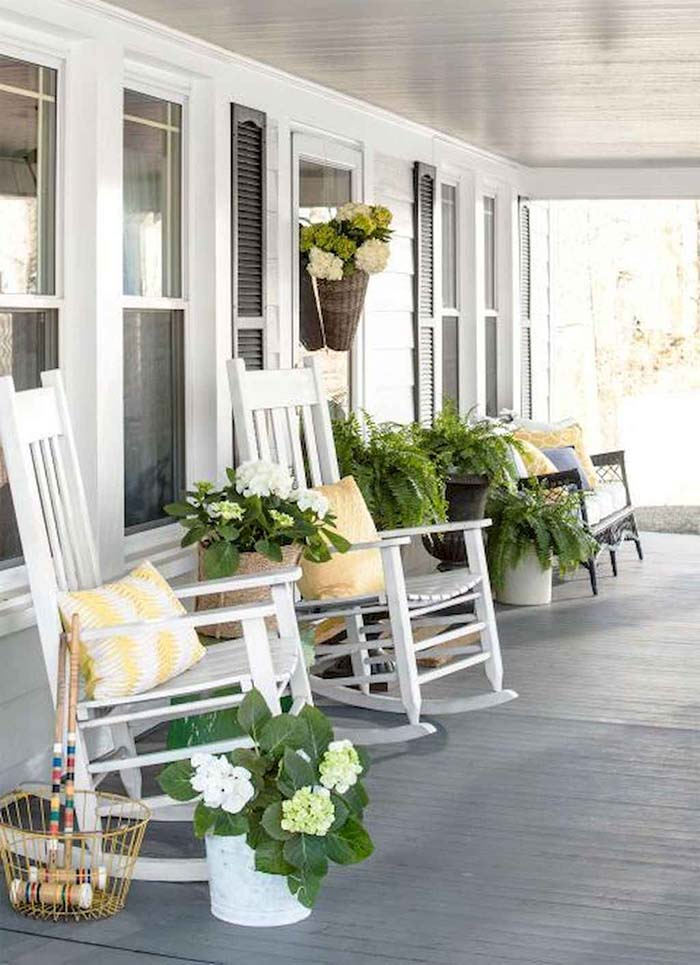 Spring Decorated Front Porch #farmhouse #rustic #porch #decor #decorhomeideas