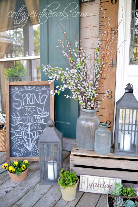 Spring Front Porch Decor #farmhouse #rustic #porch #decor #decorhomeideas