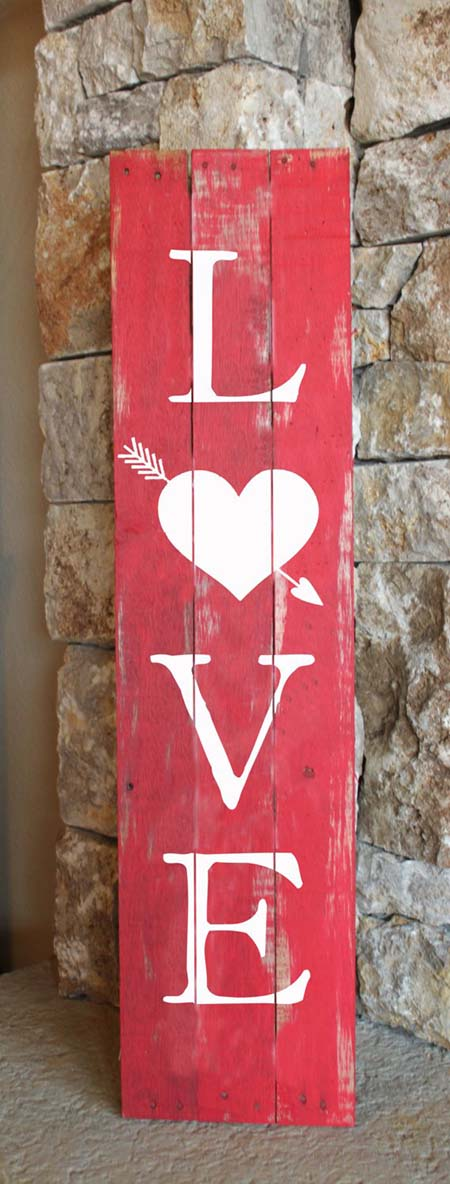 Valentines Day Love Sign #valentinescraft #decor #love #crafts #diy #decorhomeideas