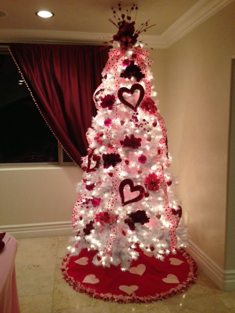 Valentines Day Tree #valentinescraft #decor #love #crafts #diy #decorhomeideas