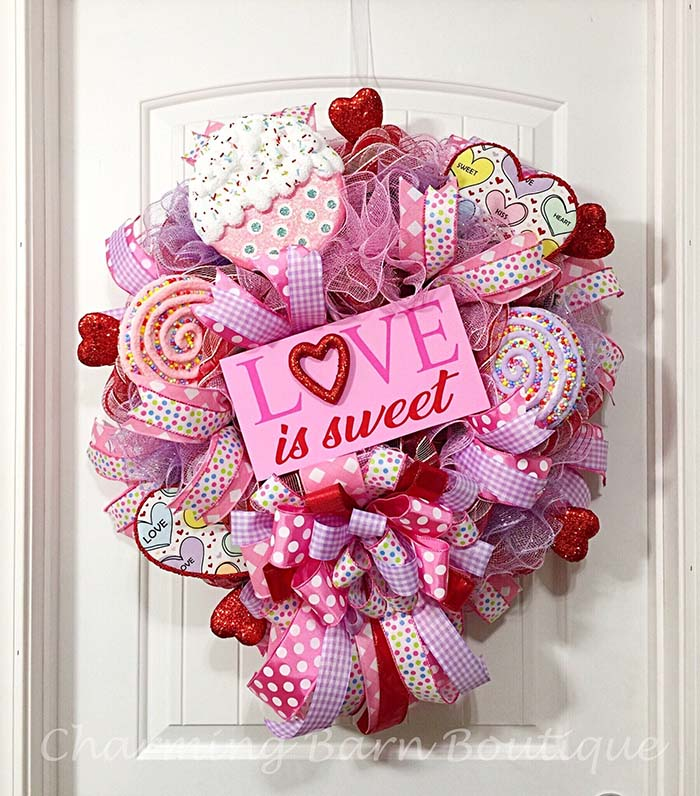 Valentines Day Wreath #valentinescraft #decor #love #crafts #diy #decorhomeideas