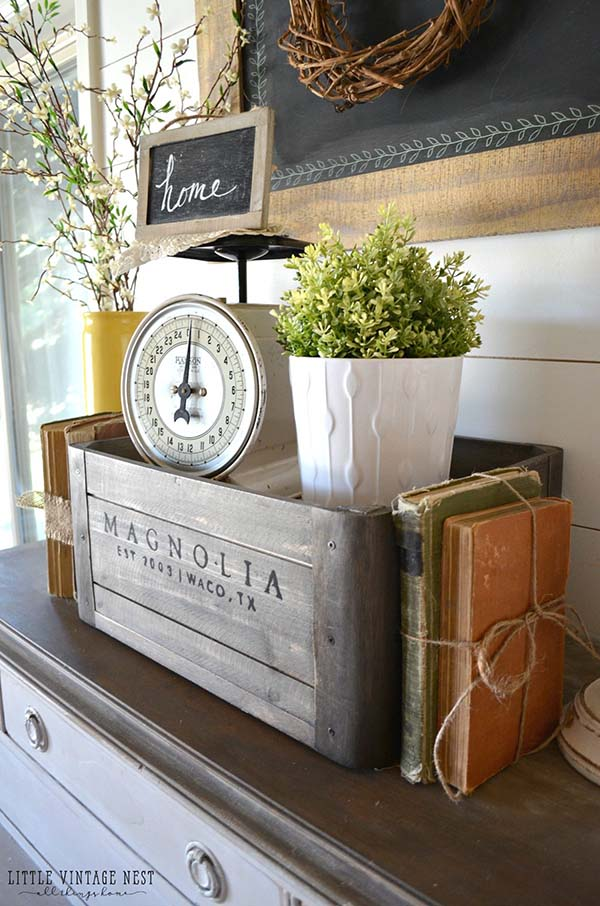 Wooden Crate Rustic Centerpiece #rustic #centerpieces #woodenbox #homedecor #decorhomeideas