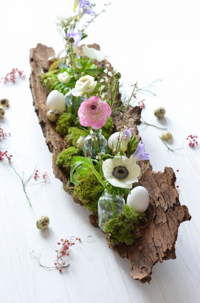 Wooden Log Centerpiece #centerpiece #spring #Easter #decorhomeideas