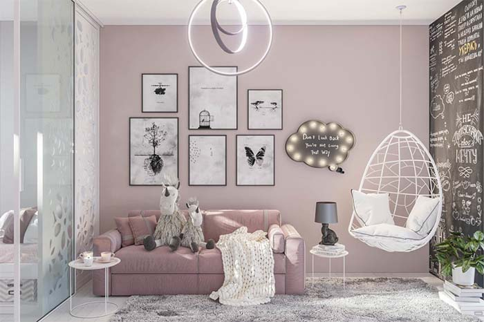Mauve Colored Living Room #paintcolor #relax #homedecor #calming color #decorhomeideas