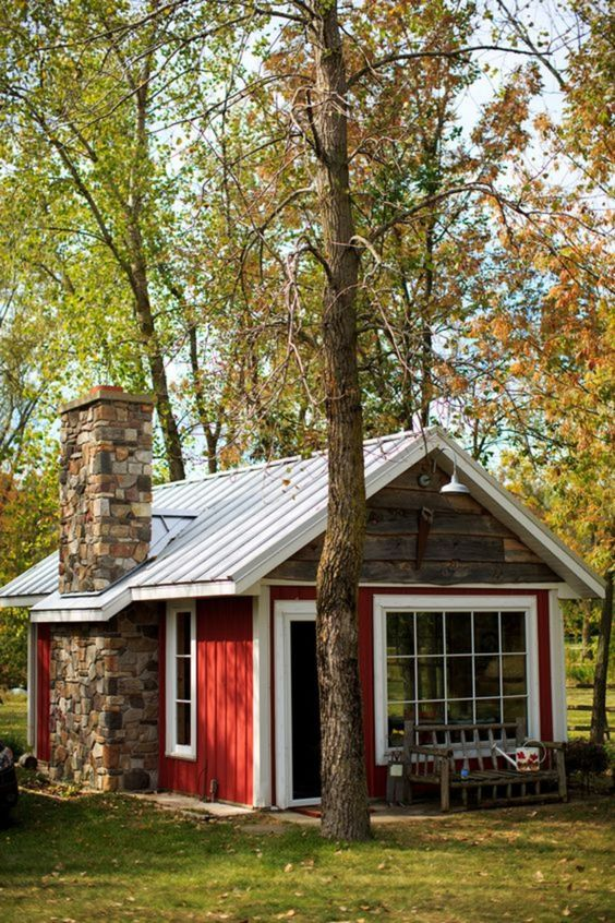 Tiny Cabin In Red #cabin #loghouse #tinyhouse  #decorhomeideas