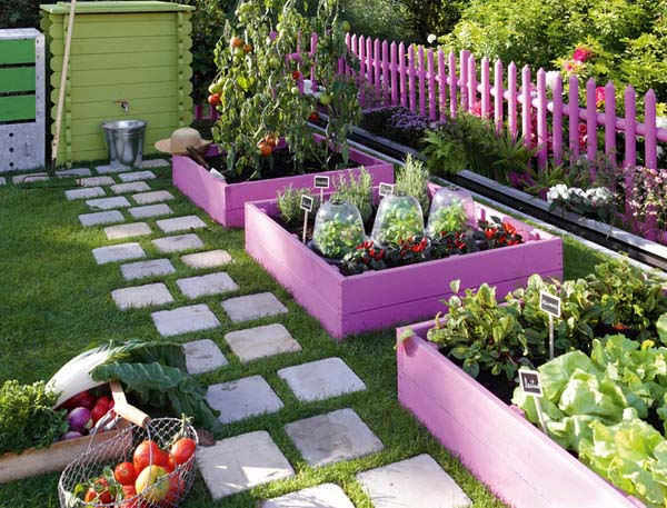 Flower Beds From Painted Pallets #garden #gardenbed #edging #decorhomeideas
