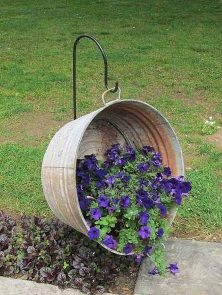 Tin Basket Spilled Flower Planter #garden #planters #vintage #decorhomeideas