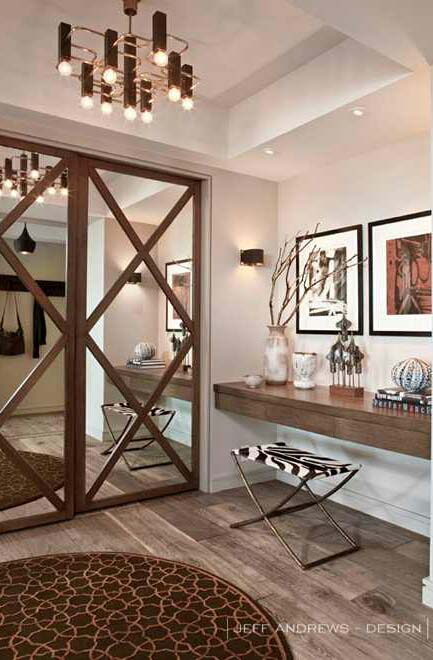 Classic Barn Closet Mirrored Door #closet #mirror #door #decorhomeideas