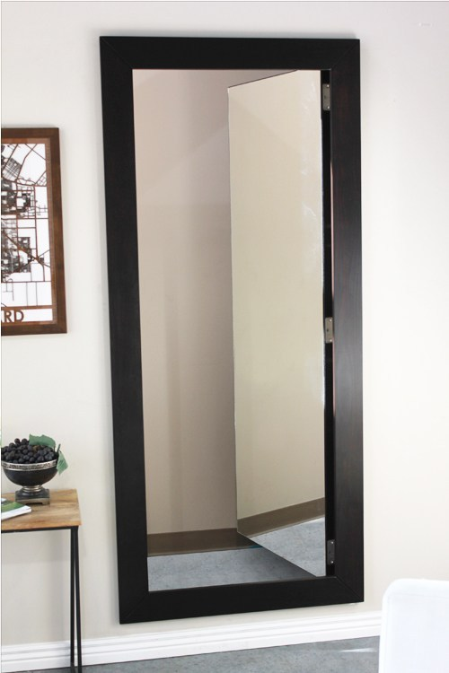 Concealment Mirror Closet Door #closet #mirror #door #decorhomeideas