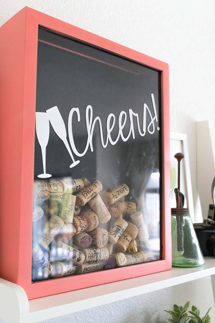DIY Cork Memory Box #memorybox #diy #decorhomeideas