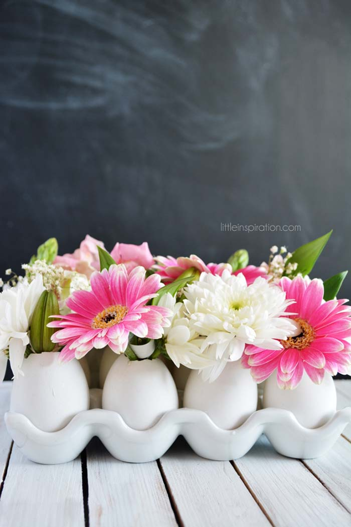 DIY Eggshell Flower Centerpiece #easter #decoration #spring #diy #decorhomeideas