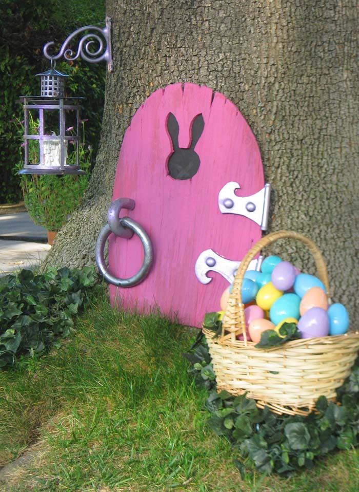 Easter Bunny Pink Faux Door #easter #crafts #diy #decorhomeideas
